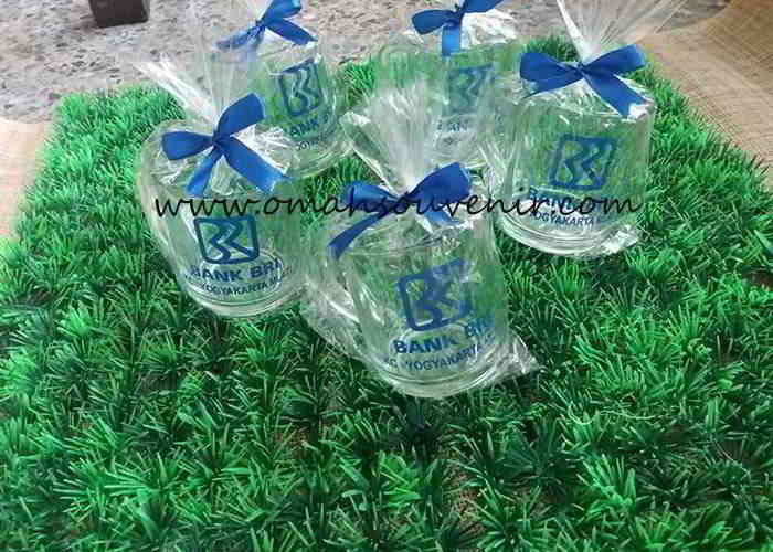 Souvenir Gelas Gagang