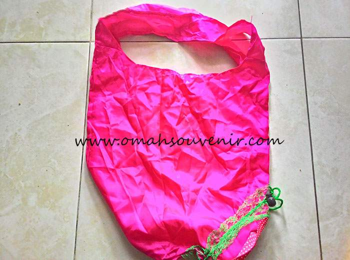 souvenir tas strawberry